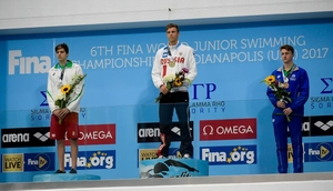 200m free style men reward Russian victory